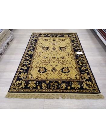 Isfahan carpet 160x230